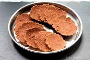 roasted-red-rice-mung-dal-nippattu-026wm